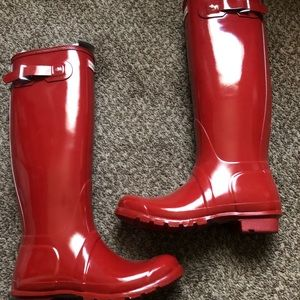 Fire engine red hunter boots